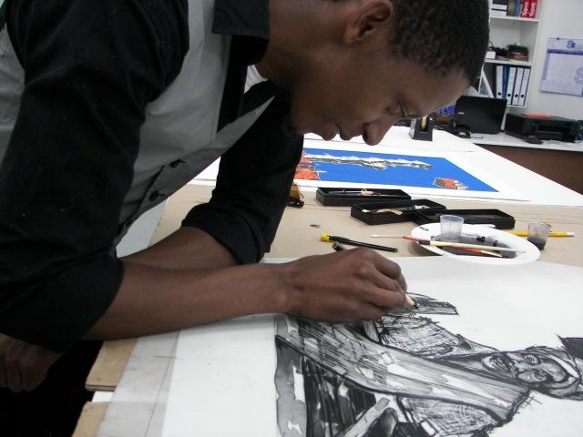 Senzo Njabulo Shabangu at work at LL Editions Fine Art Printing, The Bag Factory.