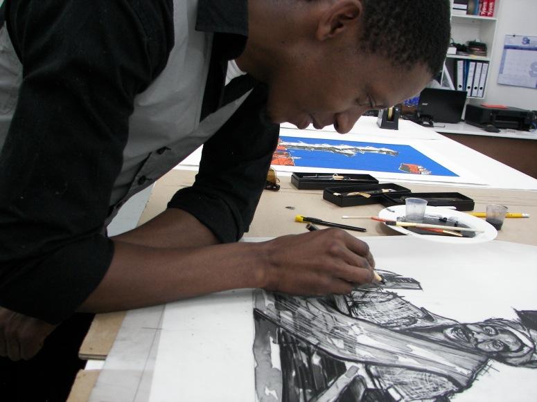 Senzo Njabulo Shabangu at work at LL Editions Fine Art Printing, The Bag Factory.
