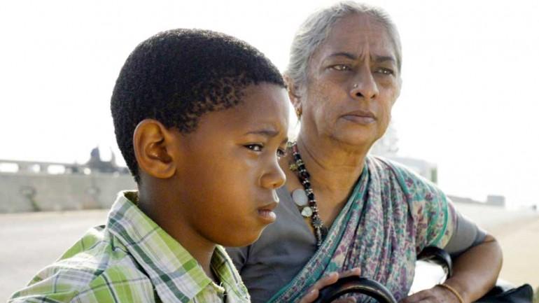 Sihle Dlamini as (Lucky) and Jayashree Basavaraj as Padma in Luky (2012). Image source: http://cdn.24.co.za/files/Cms/General/d/1879/aae663e2216842748177e84be976ac05.jpg